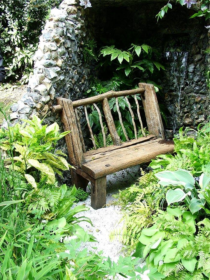 скамья деревяная